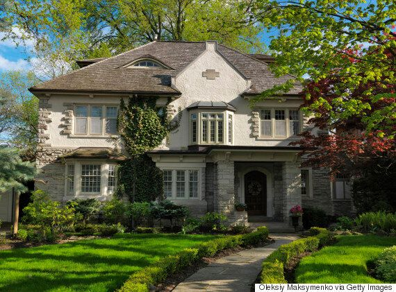 Toronto Real Estate Sees Fewer Low-Rise Homes For Sale Than Ever: