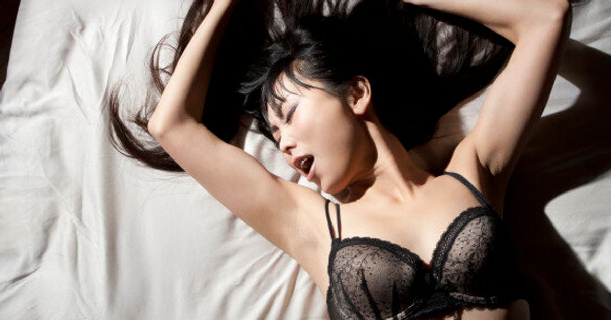 9 Oral Sex Tips For All Types Of Oral Sex Lovers   HuffPost Canada