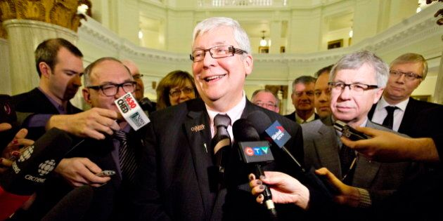 Alberta Tories End Salary Freeze For Top Managers, Say