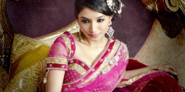 18 Saree Truths Only South Asian Girls