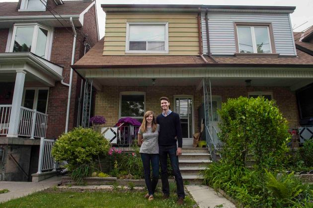 Home Ownership In Toronto, Vancouver Increasingly A Pipe
