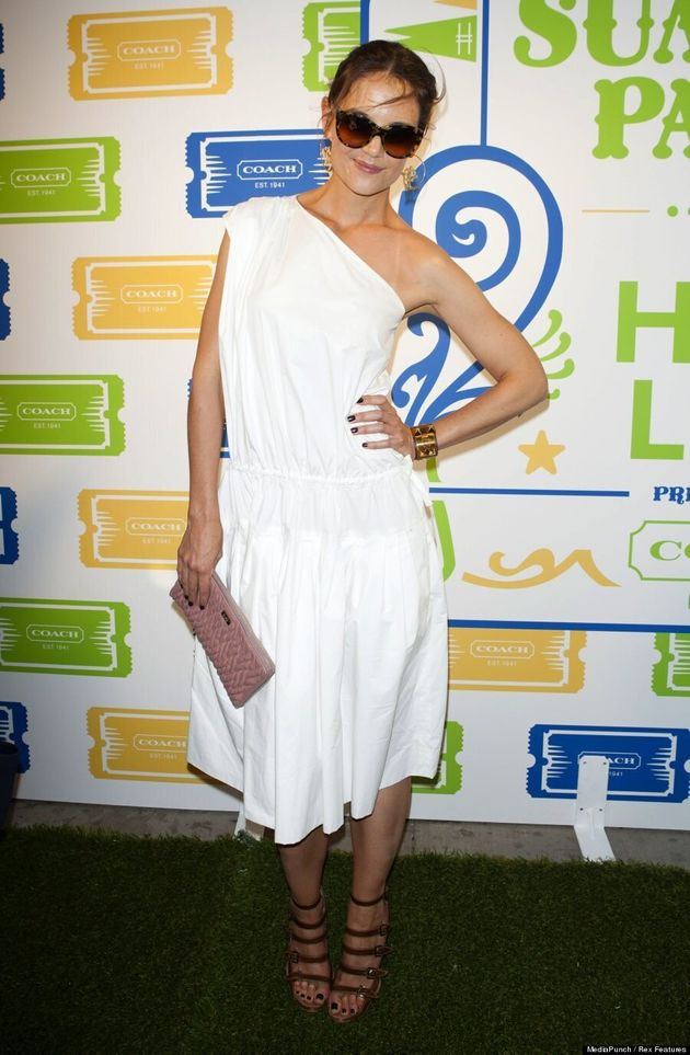 Katie Holmes Hides Figure In Unflattering White Toga Dress (VIDEO,