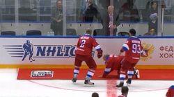 Ο Πούτιν παραπάτησε κι έπεσε σε αγώνα χόκεϊ -Με το κεφάλι στον