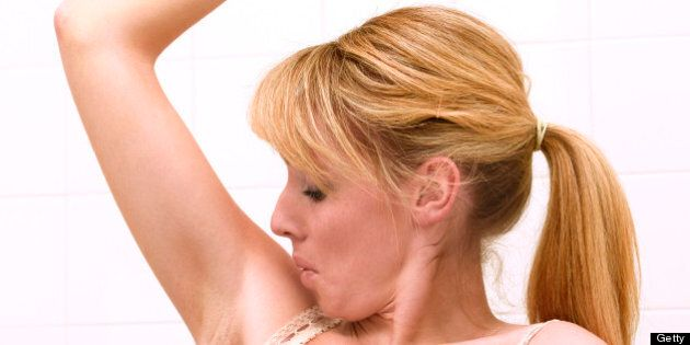 6 Signs of Excessive Underarm Sweat (Or