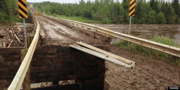 Fort McMurray Flooding: 18 Campers Remain Stranded After Firebag River Bridge Washes