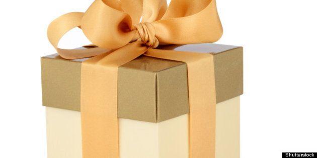 gift box in gold duo tone