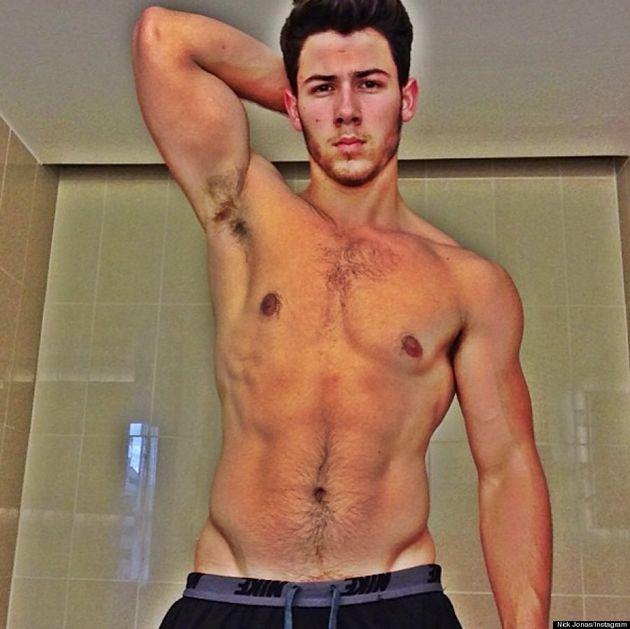 Nick Jonas Shows Off His Abs In Shirtless Selfie On Instagram (VIDEO,