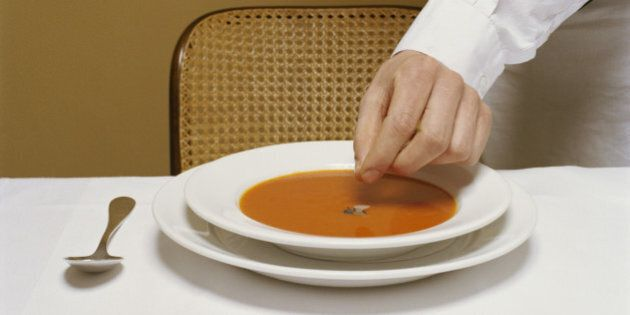 Food Safety: 5 Things To Watch Out For Next Time You Dine