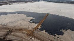 Oilsands Tailings Definitely Contaminating Groundwater, River: