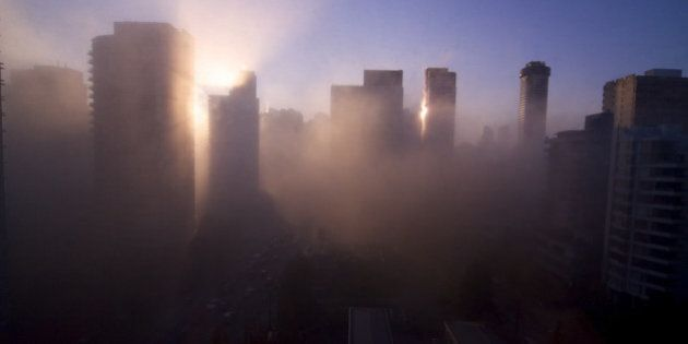 Vancouver Fog Causes Travel