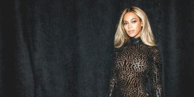Beyonce Rocks Tight Tom Ford Dress And Thigh-High