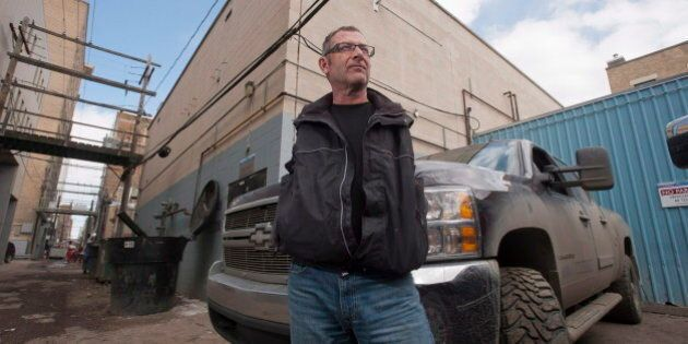 Steve Simonar, Man With No Arms, Still Wants Apology From
