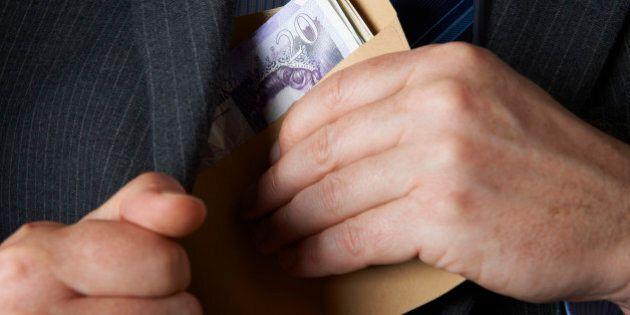 Canada's Biggest Pay Raises 2014: Alberta, Saskatchewan Workers To See Biggest