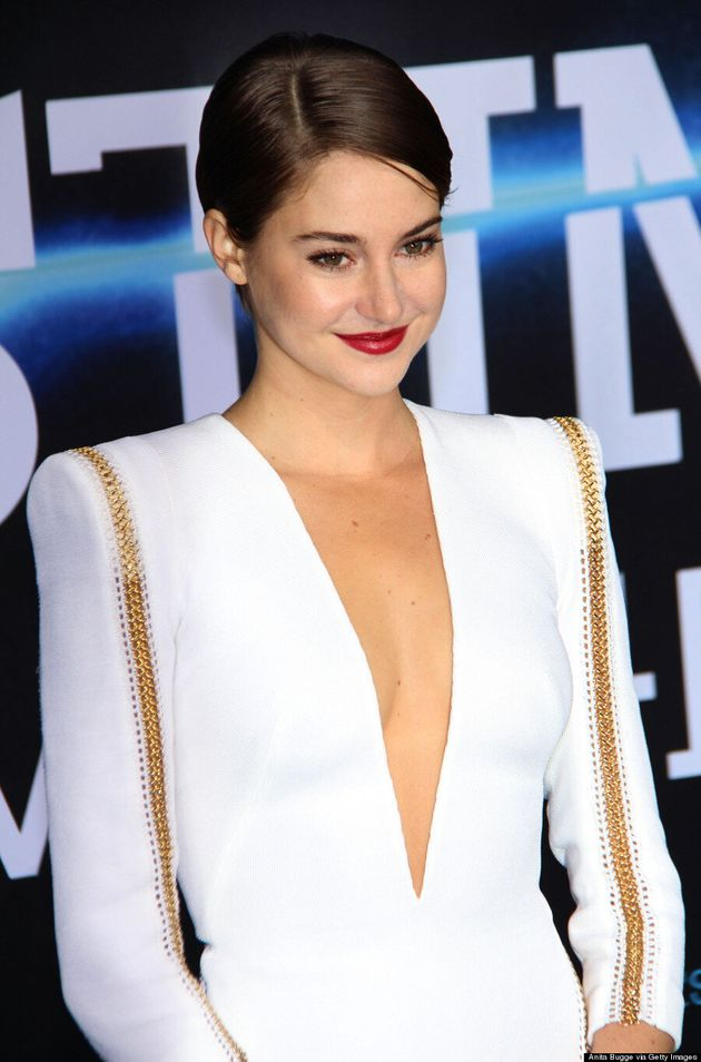 Shailene Woodley Takes Risk In White Dress At 'Divergent'