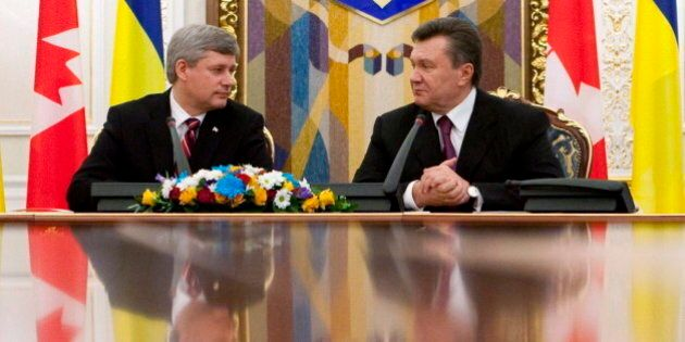 Ukraine Crisis: NDP Questions $80,000 Arms Sales To Yanukovych