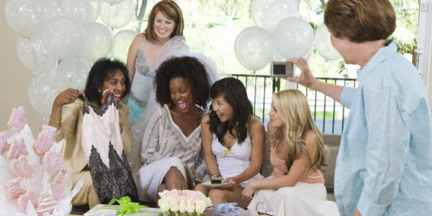 Bridal Shower Gifts That The Bride Will