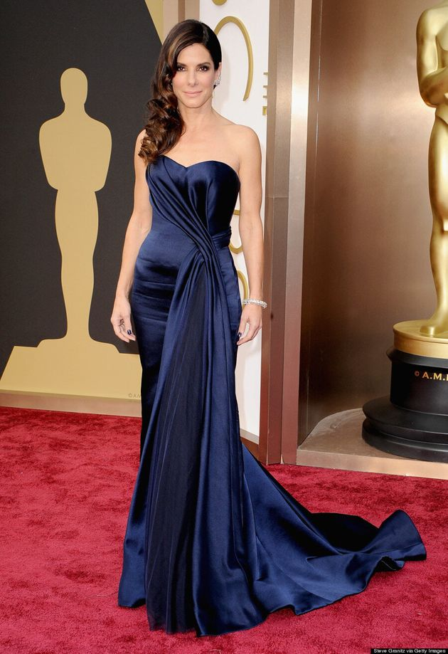 Sandra Bullock's Oscar 2014 Dress Wins The Red Carpet