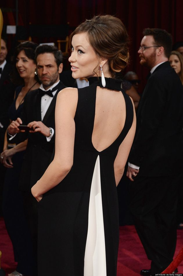 Olivia Wilde Oscars 2014: Baby Bump Cuteness Alert On The Red Carpet!