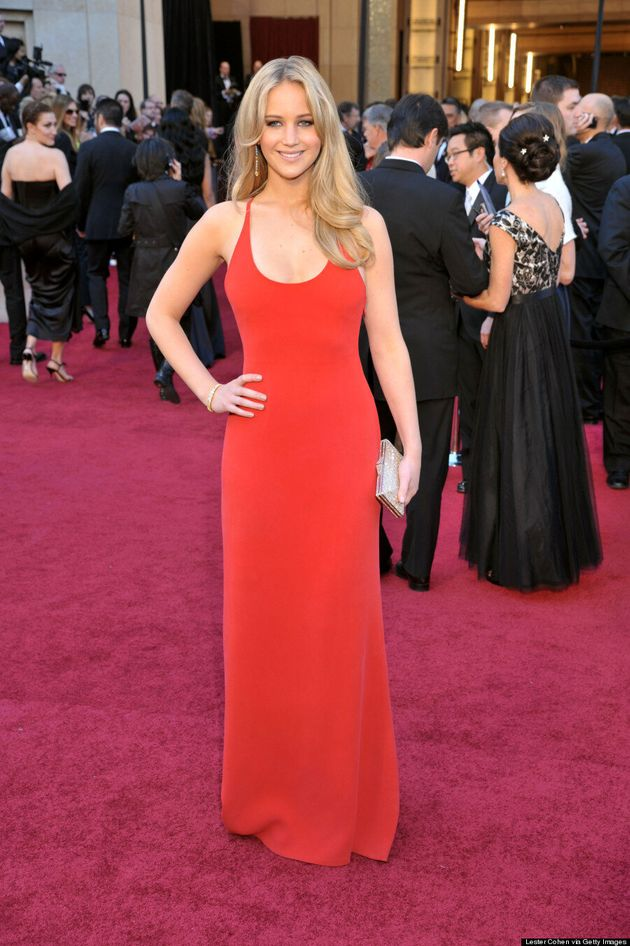 Shailene Woodley Pulls A Jennifer Lawrence In Red Dress At 'Divergent'