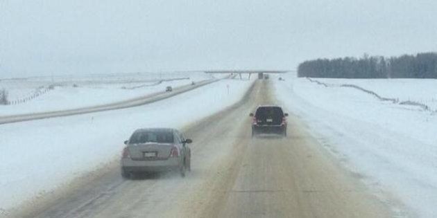 Alberta Snowstorm Causes Multiple Crashes, Poor Road Conditions