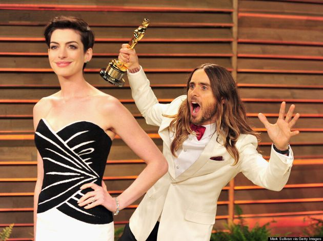 Jared Leto Photobombs Anne Hathaway At Vanity Fair Oscar Party