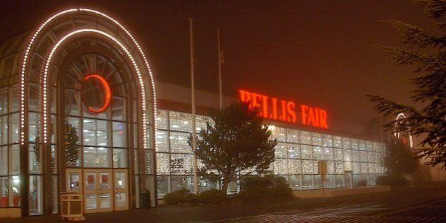 The Bellis Fair Mall after I got off from