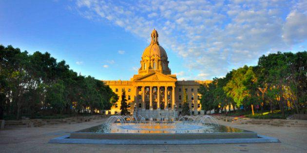 Lou Hyndman Dead: Alberta Tory Party Trailblazer, Cabinet Minister Dies At Age