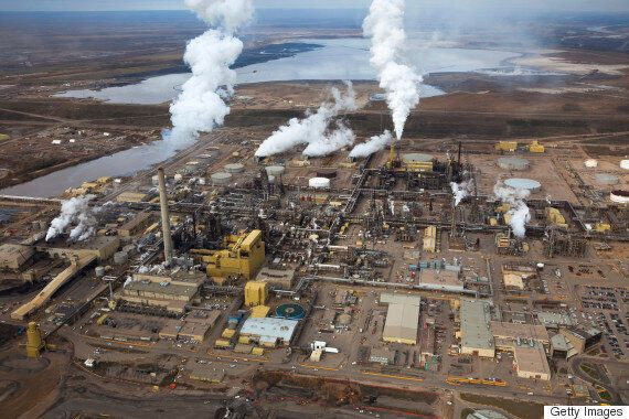 Liberals Court Chinese Investment In Oilsands Amid National Security