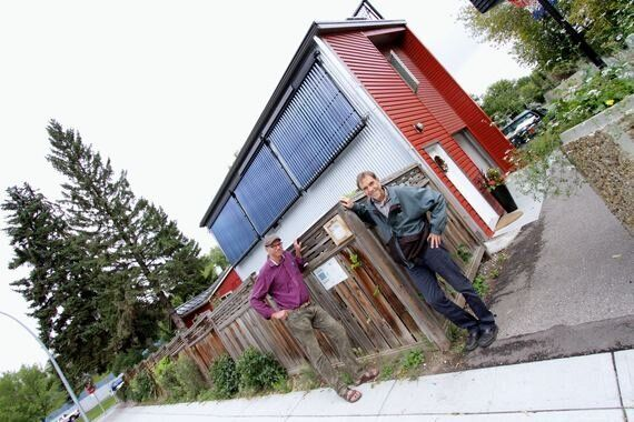 Solar Thermal 101: A Garage Suite Generates Surplus