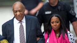 Bill Cosby's TV Daughter Stands By Him At