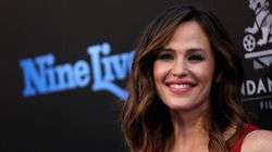 Jennifer Garner Strikes Out At People's New Cover Of