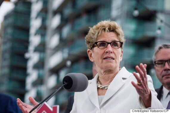Ontario's Minimum Wage Will Rise To $15 An Hour By 2019: Kathleen