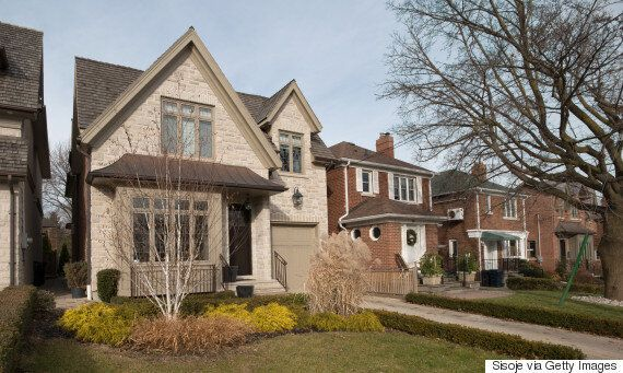 Canadians' Faith In Real Estate Fizzles As Toronto Sales