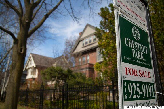 4 Signs Toronto's Housing Bubble Has Started To
