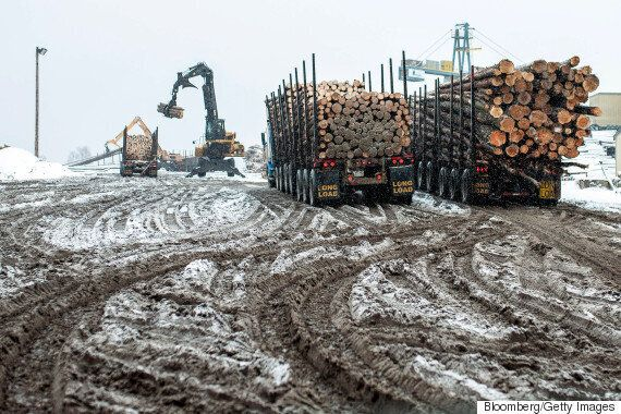 Canada-U.S. Lumber Dispute: Quebec Workers Brace For