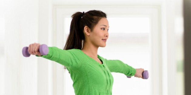 Arm Exercises: 5 Ways To Tone Flabby