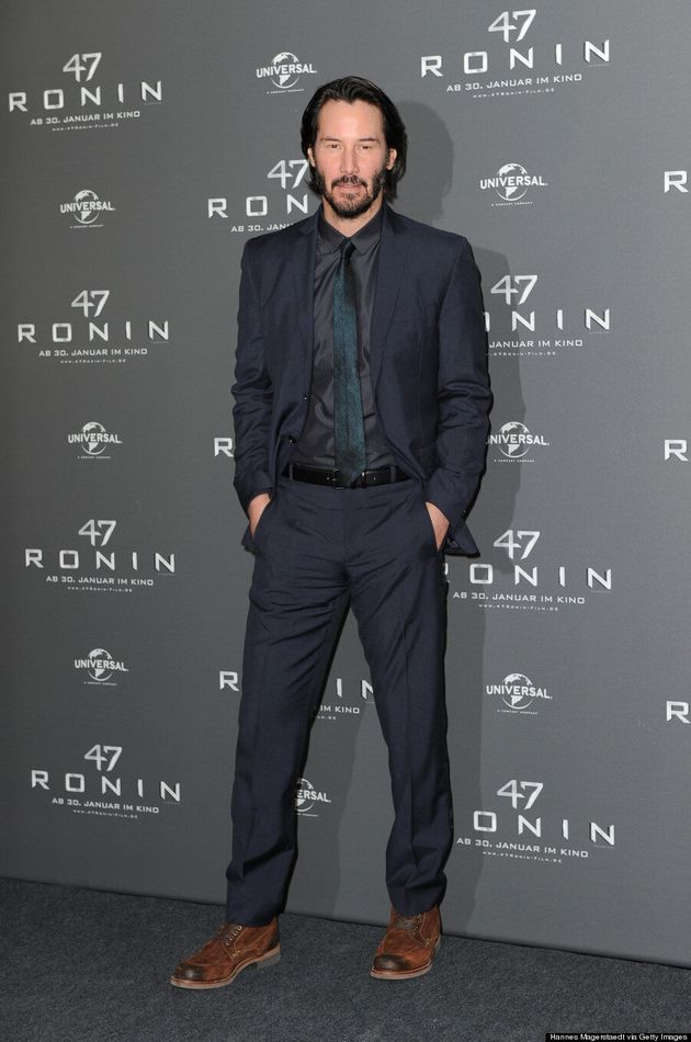 Keanu Reeves Has Sad Eyes At '47 Ronin' Premiere
