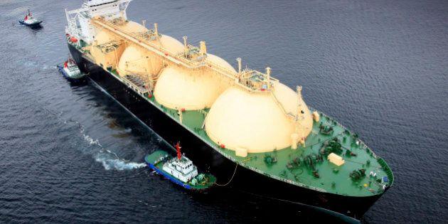 LNG Tanker, Oil