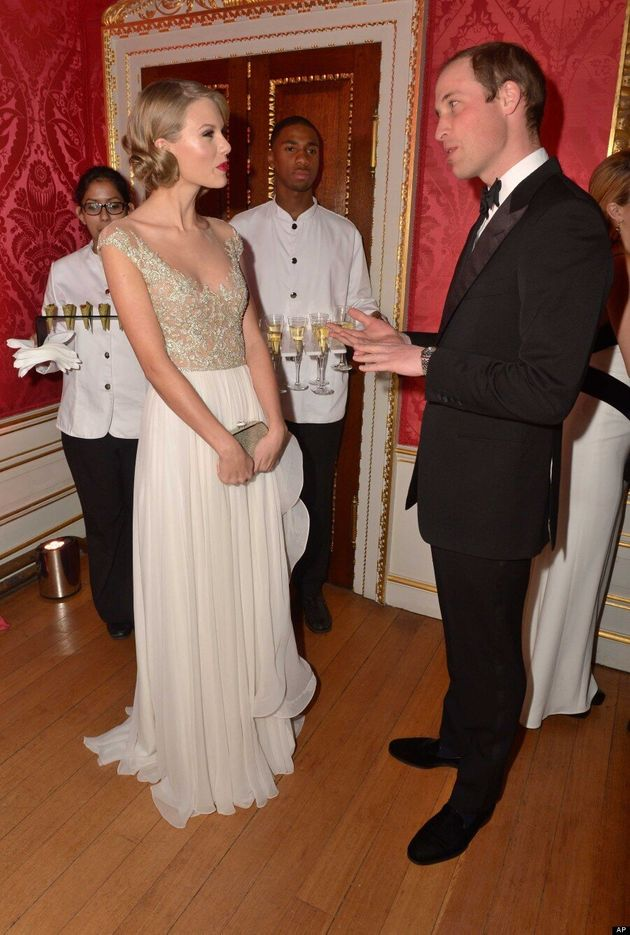 Taylor Swift Meets Prince William And Gets To Sing With Him (VIDEO,