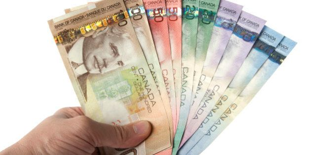 Canadian Construction Workers, Farmers See Serious Income