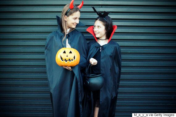Trick Or Treat Age Limit: Just Give Teens 'The Damn Candy'