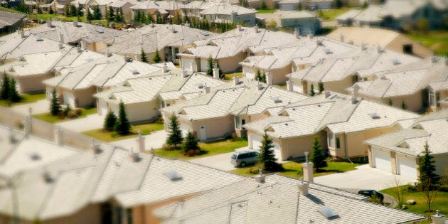 Calgary's Housing Market Affordable Because Of High Average Household Incomes: