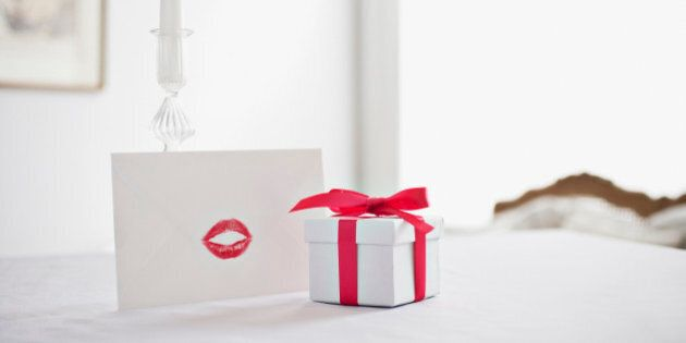 Cute Valentine's Day Ideas For Her: 25 Romantic Gifts Your Girlfriend And Wife Will