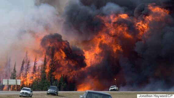 Fort McMurray Fire: Naheed Nenshi Welcomes Evacuees To