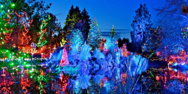 Vancouver Christmas.Things To Do In Vancouver Christmas Lights Photos