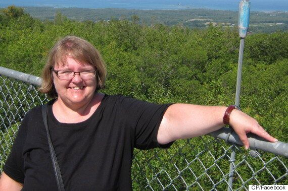 Elizabeth Tracey Mae Wettlaufer, Ontario Nurse, Charged With Murder Of 8 Seniors From Care