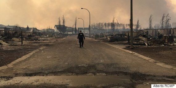 Fort McMurray Fire: Crews Struggle To Contain Growing