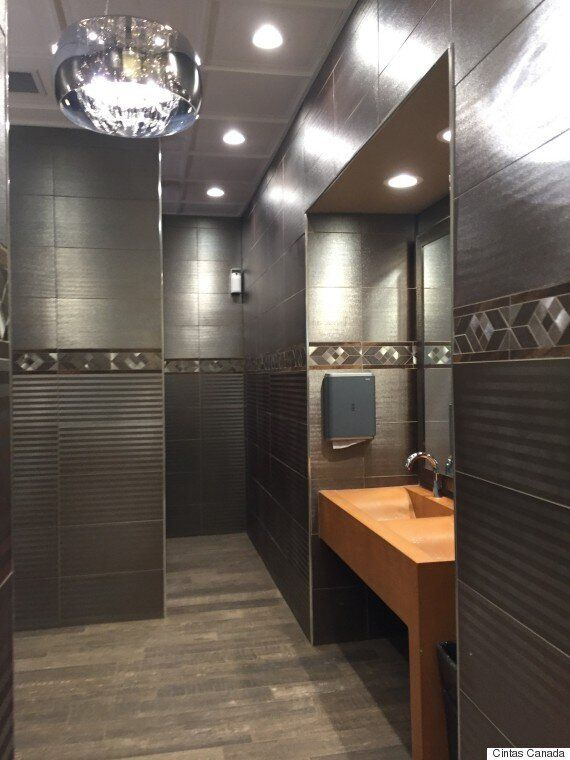 Canada's Best Restroom: Whitecourt Gas Station Bathroom Named To Top
