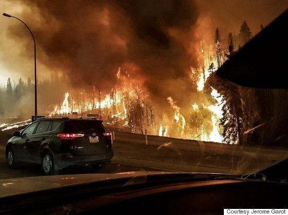 Fort McMurray Fire Prompts Evacuation Order For Entire