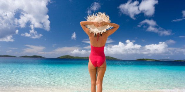 12 Reasons One-Piece Swimsuits Are Better Than